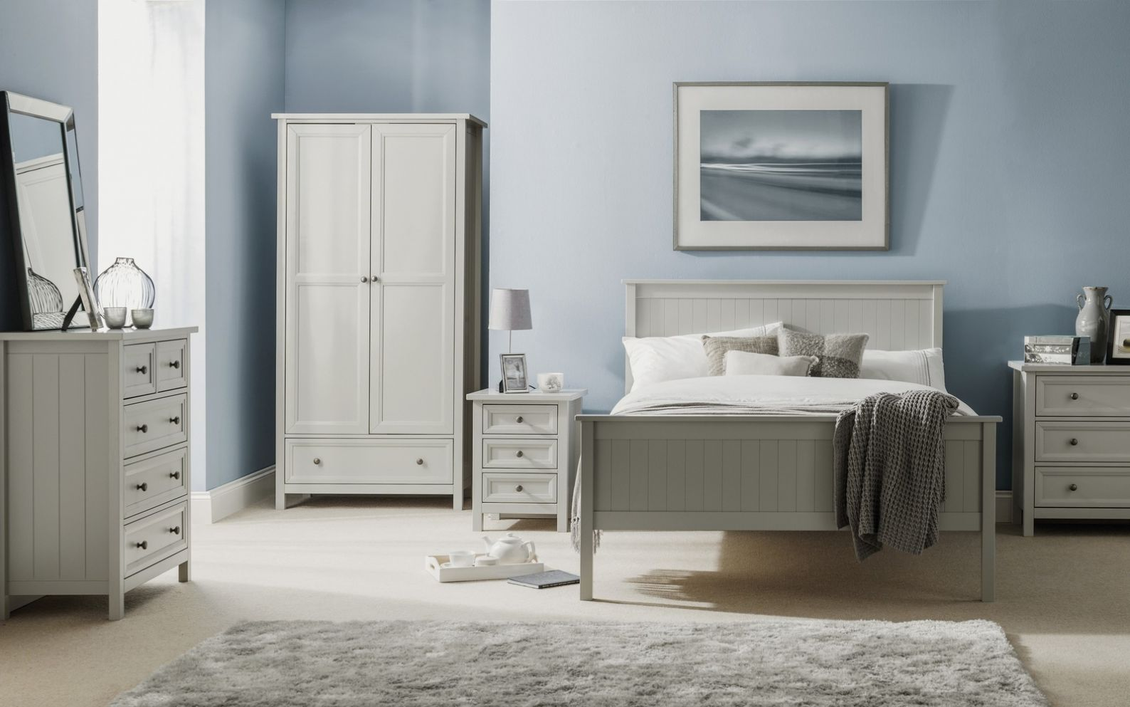 Maine Dove Grey Bedroom | Julian Bowen Limited