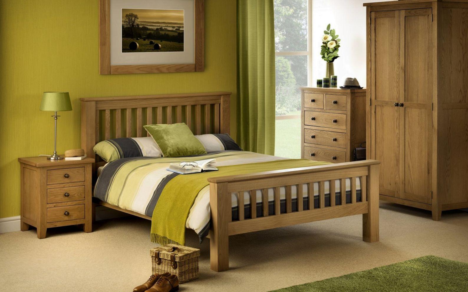 Marlborough Oak Bedroom | Julian Bowen Limited
